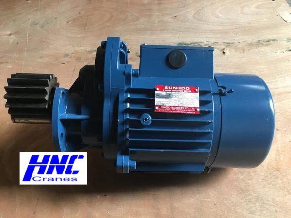 motor dầm biên cầu trục sungdo 1,5kw