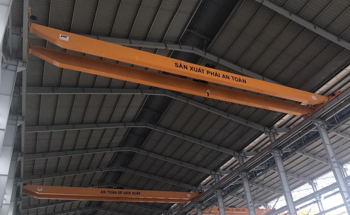cầu trục dầm dôi 5 tấn nhà máy ô tô ninh bình