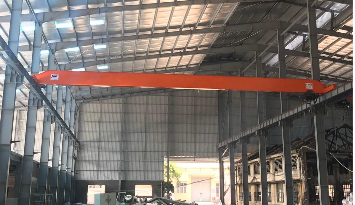 Cầu trục dầm đơn 2 tấn lắp đặt tại Công Ty CP Xích Líp Đông Anh.